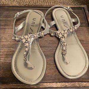 Unisa Pearl/Diamond Sandal.